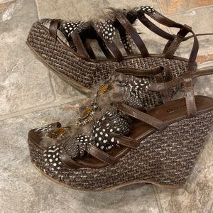 EUC Bucco Feather Wedge Sandals